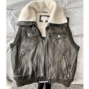✨Pleather & Wool Vest ✨